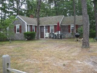 Dennis Seashores Cottage 10 - 2BR 1BA - Dennis Port vacation rentals