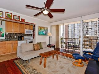Fairway Villa #1114 - Great views, deluxe one-bedroom, AC, washer/dryer, washlet, WiFi, parking. - Waikiki vacation rentals