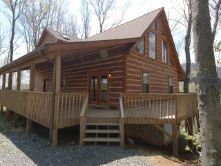 Rustic Retreat Cabin, West Jefferson