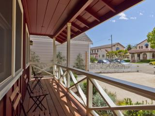 Front Porch - View of Historic District