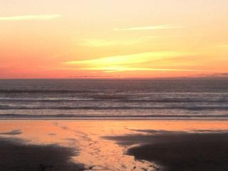 FALL in Love Oceanfront at the Sandcastle, Manzanita