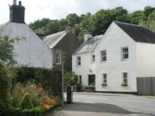 Towyn House, a Holiday Cottage in Scotland, Comrie