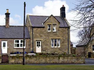 LIME TREE COTTAGE, family friendly, character holiday cottage, with a garden in Chatton Near Wooler, Ref 6803