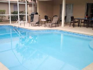 1-1/2Blks to the Beach(3min Walk!)3BR2B w/Htd Pool, Marco Island
