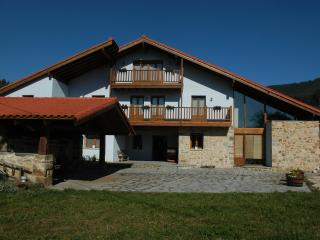 Beautiful B&B farmhouse-mill close to Bilbao and the see, Mungia