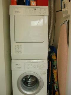 Bosch washer and dryer in unit