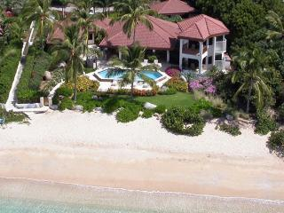 Caribbean Wind at Mahoe Bay, Virgin Gorda - Beachfront, Private Pool, Access to Tennis