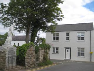 Brook House - 4 bed. cottage in heart of Gower - Swansea vacation rentals