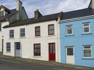 SWEENEY COTTAGE, with a garden in Roundstone, County Galway, Ref 4643