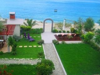Villa Maris-relaxing  and exclusive holiday near Split , directly on the beach - Split-Dalmatia County vacation rentals