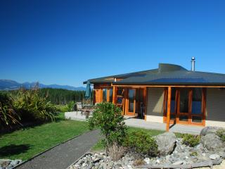 Mapua Heights Cottage - 'A gem among gems', Nelson