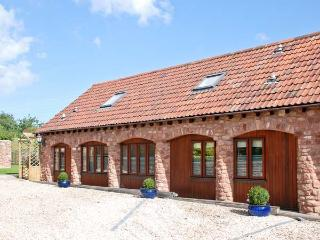 THE RETREAT, family friendly, luxury holiday cottage, with pool in Washford, Ref 5488
