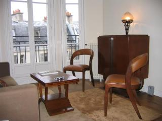 Art Deco Elegance in Montmartre - 18th Arrondissement Butte-Montmartre vacation rentals