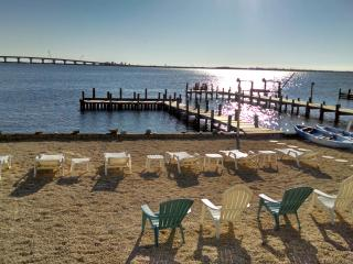 Luxury Modern Bay Front Custom Home - Pier for Boat, Manahawkin