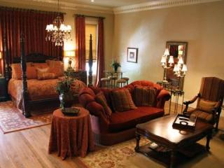 Legacy Suite on Main, Fredericksburg