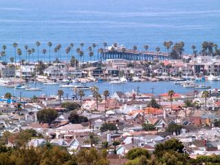 NEWPORT BEACH VILLA MINUTES TO  ALL ATTRACTIONS, Newport Beach