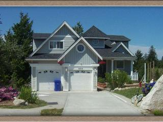 Above the Inlet B&B and Vacation Rental.... View! - Sechelt vacation rentals
