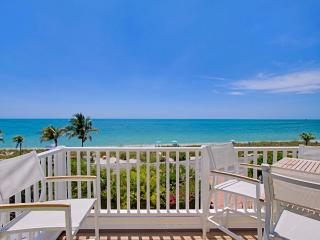 Luxury Beach Front Villa with Pool, Captiva Island
