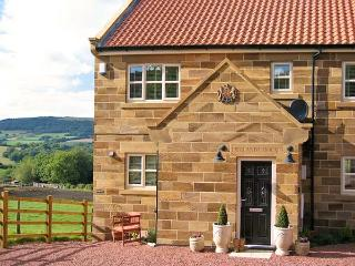 EWELANDS HOUSE, family friendly, luxury holiday cottage, with a garden in Sleights, Ref 7315