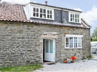 THIRLEY COTES COTTAGE, pet friendly, character holiday cottage, with open fire in Harwood Dale, Ref 7480, Burniston