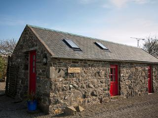 Ty Gwennol, Cosy cottage for couples, St Davids