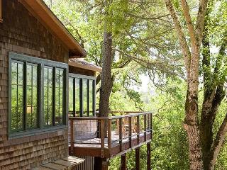 Tree House - Sonoma County, Glen Ellen