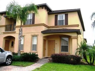 Huge Regal Palms Vacation Townhome, Davenport