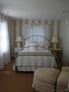 Master Bedroom-Front house