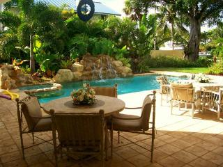 Tropical Paradise  Home With Yacht Cruise, Fort Lauderdale
