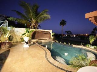 Boutique Condos/Suites on Golf Course / Sea Views, San Jose del Cabo