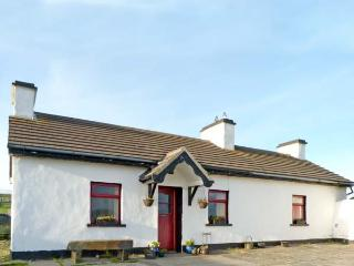 TIGIN, pet friendly, character holiday cottage, with open fire in Liscannor, County Clare, Ref 4667