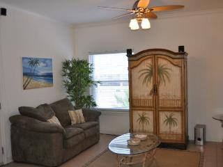 Beautiful Oceanview Condo with Inet, Pool, Hot tub, Isla del Padre Sur