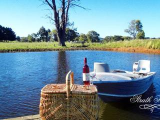 Strath Hill Accommodation, Strathbogie