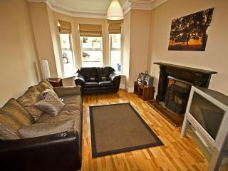 4 B/rm Self Catering in Derry w city center views