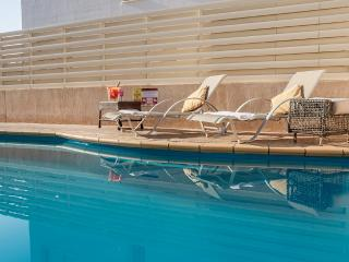 Oceanview Villa 035 - 3 bed primely located, Famagusta