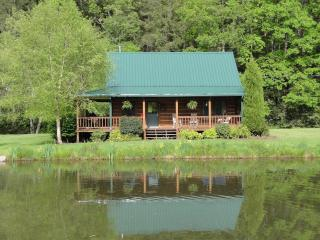 Flyfishntn, LLC  log cabin rental East Tennessee, Shady Valley