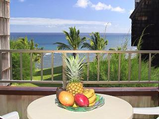 Sealodge H5: Oceanfront bargain, upstairs 2br/2ba end unit with VIEW, Princeville