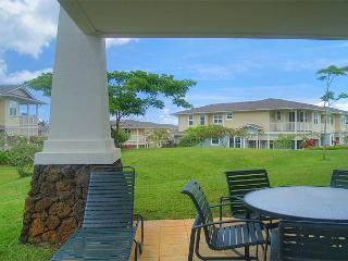 Plantation 1112: Spacious,  elegant, air-conditioned, pool + fitness center, Princeville