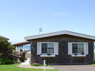 Seaside Cottage R--543 Yachats Oregon ocean front vacation rental