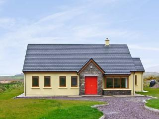SHEEHAN COTTAGE , country holiday cottage, with a garden in Waterville, County Kerry, Ref 4653