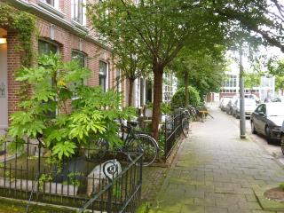 BB10 Amsterdam  DeLuxe Apartment in 1881 Townhouse