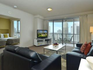 Luxury Escape at Chevron Towers,Surfers Paradise