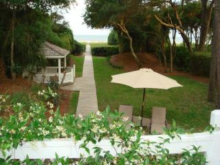 4br Direct Oceanfront Home...Private Pool and  Spa, Hilton Head