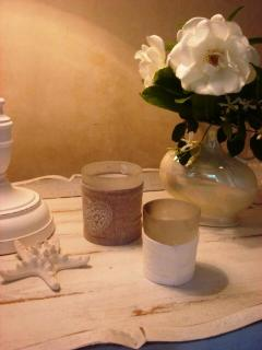 Scented candles ,fresh flowers