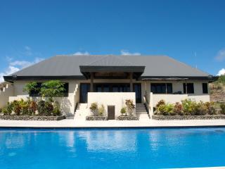 Villa Vanua - 4 bedroom luxury in the real Fiji!, Rakiraki