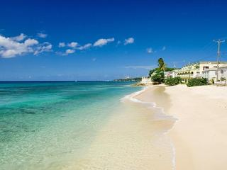 Beachfront apt., Barbados, stunning West Coast, Speightstown