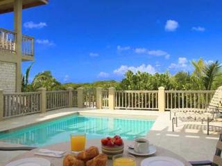Romantic hideaway at the western end of Grace Bay Beach. Excellent swimming is a 5 minute walk away. TNC COR, Providenciales