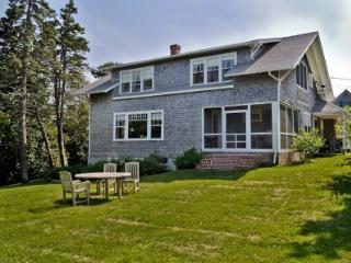 MISSION HOUSE IN THE VILLAGE - EDG KMUL-15, Edgartown