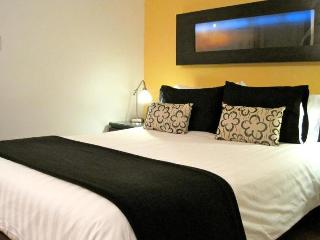 Junior Suite-Walk to Conference Centre-Free Wi-Fi - Vancouver Island vacation rentals