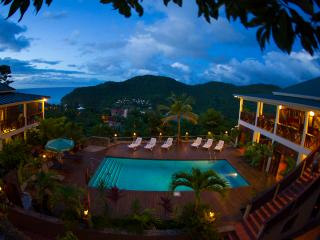 VILLA MAKAMBU- Charming-Spacious-Spectacular Views, bahía de Marigot